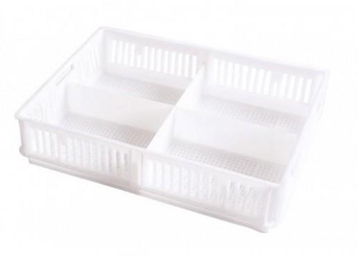 Caja para Pollitos con División Calada, Capacidad: 17 kg.