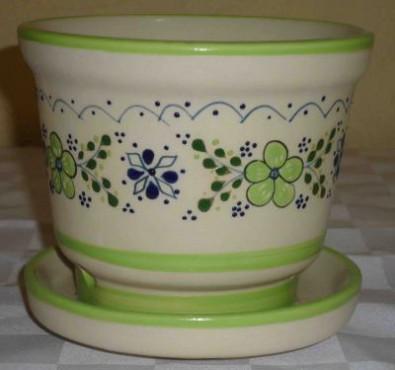 Maceta No. 4 Flor Verde elaborada en cerámica de alta temperatura.