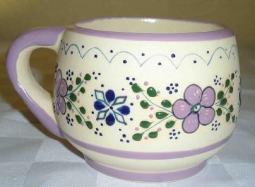 Tarro Capuchino Punto/Flor elaborado en cerámica de alta temperatura.