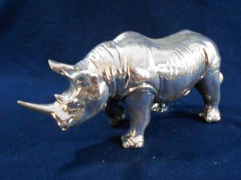 RINOCERONTE CHICO, Artesanía en plata