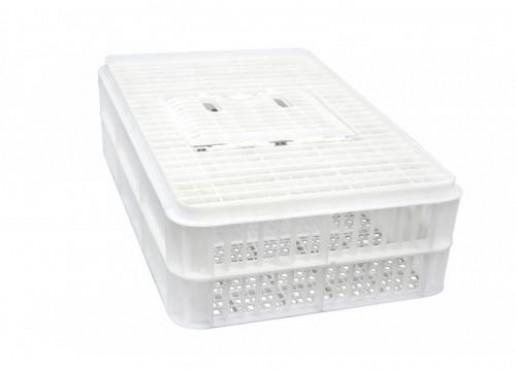 Caja Pollera con Puerta, Capacidad: 35 kg.