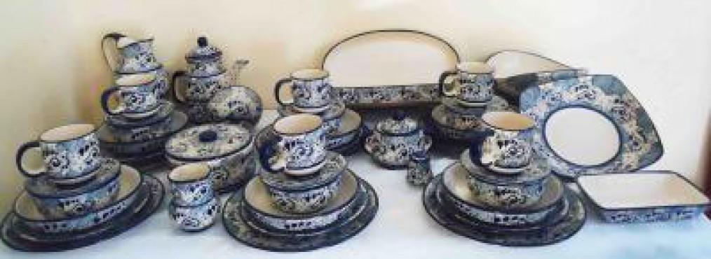 Vajilla Talavera Analia elaborada en cerámica de alta temperatura.